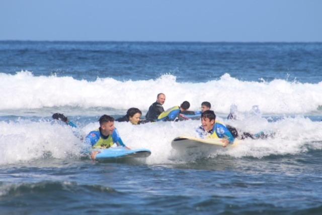 Actividad de surf para el alumnado de Acondicionamiento Físico